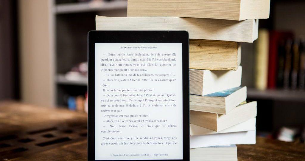 Books_04-1024x682